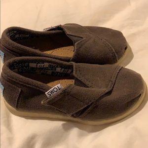 Brown Toms 6